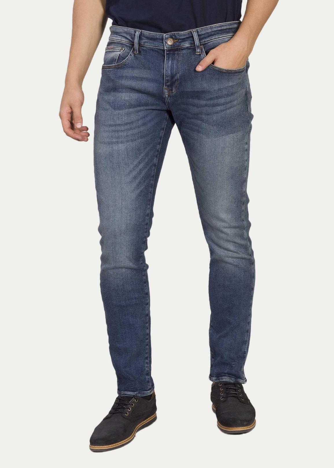 Cross Jeans® 939 Tapered - Mid Blue (046)