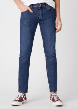 Wrangler® Larston Midweight Jeans in - The Legendary